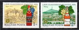 HONGRIE   N° 2246/47  * *   Vin Raisin Bouteille Vigne - Végétaux