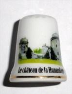 De A Coudre En Porcelaine  Chateau De La Hunaudaye - Dés à Coudre