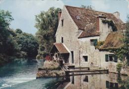 91---VARENNES JARCY---le Vieux Moulin---voir 2 Scans - Autres Communes