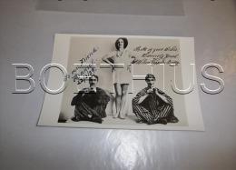 WILSON KEPPEL BETTY Photo Vintage Dédicace  MANUSCRITE  Véritable Mais Autographe Imprimé - Autographes