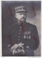 Au Plus Rapide Très Beau Format 16.5 Par 22.5 Cm Militaire Médaille Décoration - Guerre, Militaire