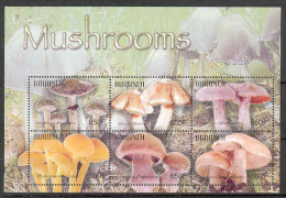 Burundi COB BL148 Mushrooms-Paddestoelen-Champignons 2004 MNH
