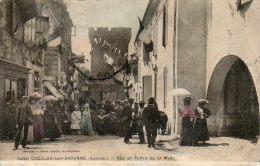 CPA - CADILLAC-sur-GARONNE (33) - Aspect De La Rue Et Porte De La Mer Pavoisés Pour Les Fêtes Du 14 Juillet - Cadillac