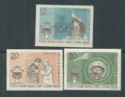 Viêt-Nam Du Nord N° 278 / 80 Nd XX  Visite Du Cosmonaute Guerman Titov; Les 3 Valeurs Non Dentelées Sans Charnière, TB - Viêt-Nam