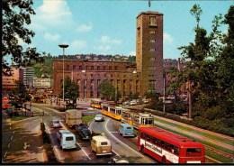 ! Moderne Ansichtskarte Stuttgart, Am Hauptbahnhof, Gare, Straßenbahnen, Tram, Autos, Voitures, Bus - Turismo