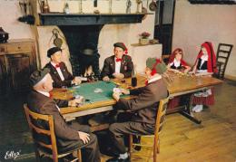 CPSM Folklore Bigourdan La Partie De Belote Jeu Cartes à Jouer Playing Card Fantaisie - Cartes à Jouer
