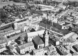 55 - COMMERCY : Vue Aérienne - Eglise St Pantaléon Et Le Chateau - CPSM Dentelée Noir Blanc Grand Format  - Meuse - Commercy