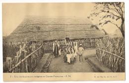 S3873- 2.- Une école Primaire Indigène En Guinée Française - F.N - Guinée Française