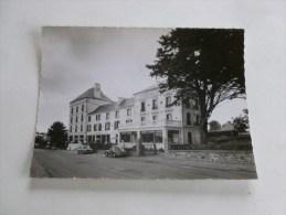CPM 10/15   MORGAT Hotel De La Plage - Autres Communes