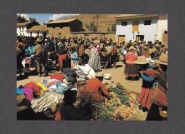 PÉRU - SOUTH AMERICAN MARKET PLACE MERCATI COSTUMI TIPICI FOLKLORISTICI FOLCLORISTICI - BY KLM HOLLAND - Pérou