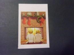 L´attente Du Pere Noel  )   Carte Double (enfants Devant La Cheminée ) 3 Scans - Schilderijen