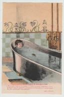 *a* -Pierrot Prend Un Bain Pour La Première Fois - Carte Illustrée, Signée R.G. - édit. P. B. V. N°4105 - Postcards
