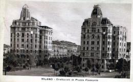 Milano. Grattacieli Di Piazza Piemonte - Exhibitions