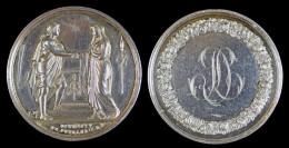 AG00066 Médaille De Mariage 1824, Monogramme Entouré De Fleurs, Deux Allégories Au Revers, Argent 24 G. - France