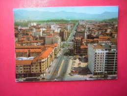 CPM  ESPAGNE  PAMPLONA  VISTA AEREA   VUE AERIENNE      VOYAGEE  1984 TIMBRE  FRANCAIS - Navarra (Pamplona)