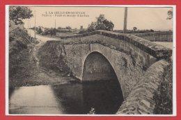 71 - La SELLE En MORVAN --  Poiroy - Pont Et Route D'Autun - France