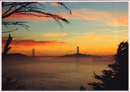 Usa °° Californie - San Francisco Le Golden Gate Bridge On The Bay – écrite. - San Francisco