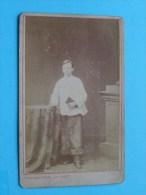 Jongen Boy Garçon ( Misdienaar / Communicant ) Identify ( CDV Phot. HYAC SCHIFFERS AACHEN / Zie Foto Voor Details ) ! - Photos