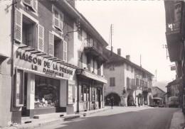 (26)   LES ECHELLES - La Rue Principale - Les Echelles