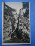 25-BESANCON La Porte Taillée , 1 Voiture , écrite Au Verso En 1937 - Monuments