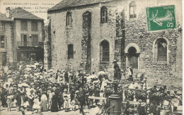 43 RETOURNAC La Sortie De La Grande Messe  La Fanfare  Du Cercle Catholique De Fraisse - Retournac