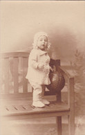 Oude Kinderfoto Speelgoed Bal Old Photo Child Toy Jouet Ball Nallon - Portraits