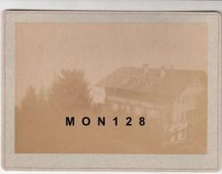 SUISSE (VAUD)  GLION -PHOTO DE 1893-CHALET DE L´HOTEL DU RIGHI VAUDOIS-TIRAGE ALBUMINE COLLE SUR CARTON 18X13 CMS - Photos
