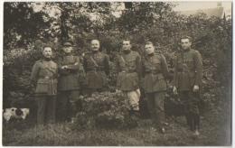 Carte Photo. Militaria. Camp De Béverloo. 11-9-29. Bloc D4. Officiers. Voir Noms & Grades Au Dos. - War, Military