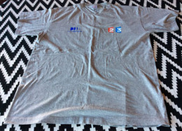 T'Shirt France Televisions . France 2.  France 3 , neuf, non utilis�   XL.   3 photos