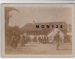 SUISSE (VAUD)  GLION ? -PHOTO DE 1894-MARCHE ? - TIRAGE ALBUMINE COLLE SUR CARTON 18X13 CMS - Photos