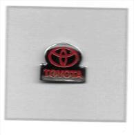 Pin´s  Sigle  Automobile  TOYOTA - Pin's