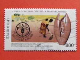 ITALIA USATI 2001 - ITALIA ONU CONTRO FAME NEL MONDO FAO - SASSONE 2573 - RIF. G 2231 LUSSO - 6. 1946-.. Repubblica