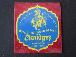 HOTEL MOTEL INN RESIDENCE HOUSE CLARIDGE New Delhi INDIA DECAL TAG STICKER LUGGAGE LABEL ETIQUETTE AUFKLEBER - Hotel Labels