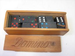 Lot. 525. Ancien Jeu De Dominos Dans Sa Boîte. - Gesellschaftsspiele