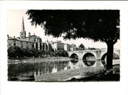 Cp - LIMOUX (11) - Le Pont Neuf Et L'église - Limoux