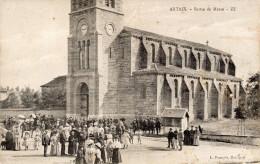 Saone Et Loire : CP ARTAIX : Artaix - Sortie De Messe Animée !! Bon état - Other Municipalities