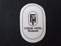 HOTEL MINI PENSION LODGE FORUM BUDAPEST HUNGARIA HUNGARY HONGRIE DECAL STICKER LUGGAGE LABEL ETIQUETTE AUFKLEBER - Hotel Labels