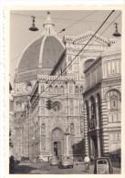 Photo Originale Voiture  - Circulation à Florence (Italie) - Coffre En Bois Et Grosses Berlines à Identifier - Automobili