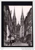 63  CLERMONT FERRAND   Rue Des Gras Et La Cathedrale - Clermont Ferrand