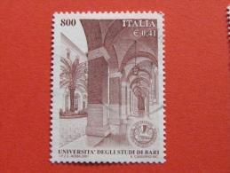 ITALIA USATI 2001 - UNIVERSITÀ´ DEGLI STUDI DI BARI - SASSONE 2568 - RIF. G 2240 LUSSO - 6. 1946-.. Repubblica