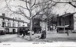 69 CREPIEUX  LA PAPE La Place Avec TRAMWAY - Autres Communes