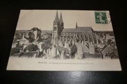 CPA 03 MOULINS. Cathédrale Et Ancien Château Des Ducs De Bourbon. 13 Avril 1909.