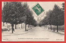 CPA Saint-Bonnet Le Château - L´avenue De La Gare Et L´Église - France