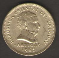 URUGUAY 10 PESOS 1965 - Uruguay