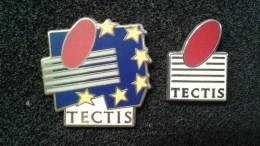 TECTIS . 2 PIN'S ARTHUS BERTRAND - Marques