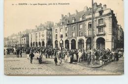 DIEPPE -  Le Quai Duquesne, Près De La Poissonnerie. - Dieppe