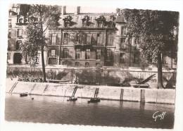 Paris 04 - Ile Saint Louis Hotel De Lauzun Quai D'anjou 1955 , Ed Exclusivité Des Insulaires 34 Rue St.. - Arrondissement: 04