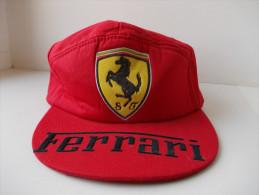 - Ancienne Casquette FERRARI - - Caps