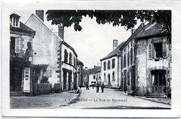 87. HAUTE-VIENNE - LAURIERE. La Rue De Bénévent. - Lauriere