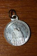 """Pendentif Médaille Religieuse """"Notre-Dame De Vergheas"""" Puy-de-Dôme - Auvergne - Religious Medal - Religione & Esoterismo"""